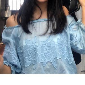 Tops - Blue flower embroidery shoulder off